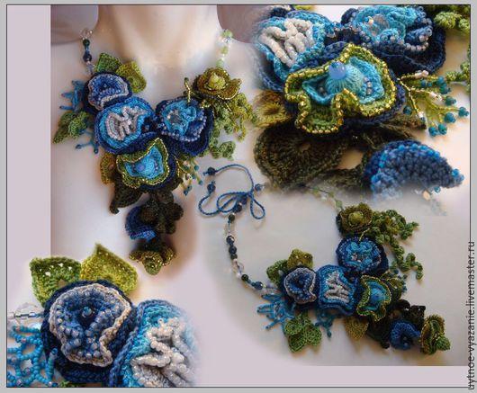 """Колье, бусы ручной работы. Ярмарка Мастеров - ручная работа. Купить Вязаное колье """"blue flowers"""". Handmade. Разноцветный, синий"""