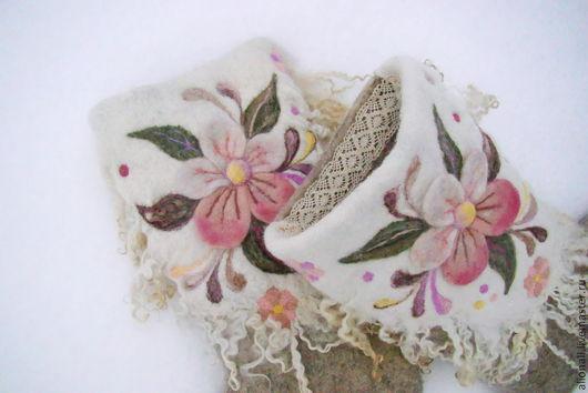 """Обувь ручной работы. Ярмарка Мастеров - ручная работа. Купить Валенки """"Цветочный платок"""". Handmade. Валенки, цветы, шерсть меринос"""