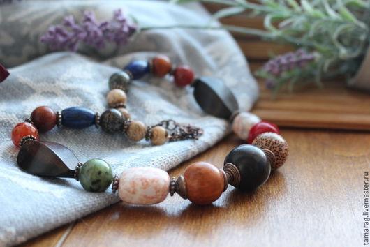 """Колье, бусы ручной работы. Ярмарка Мастеров - ручная работа. Купить Колье """"Дивный лес"""" из камней и дерева. Handmade. Разноцветный"""