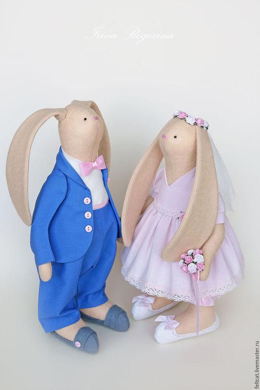 """Подарки на свадьбу ручной работы. Ярмарка Мастеров - ручная работа. Купить """"Небеса и зефир"""" свадебные зайцы в подарок на свадьбу. Handmade."""