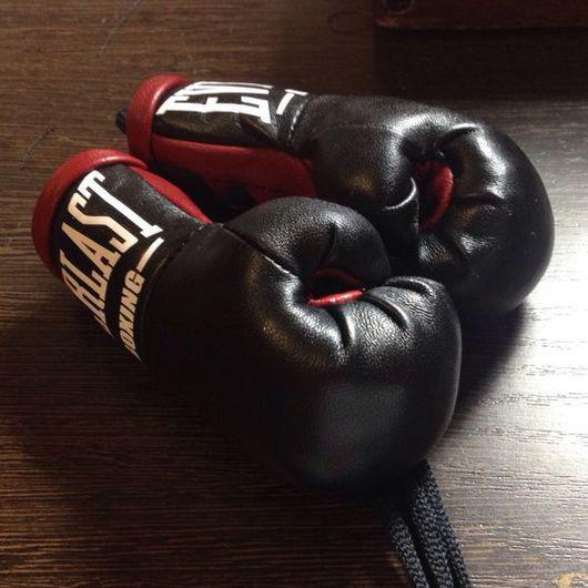 Подарки для мужчин, ручной работы. Ярмарка Мастеров - ручная работа. Купить Сувенир боксерские перчатки. Handmade. Бокс, для мужчин, подарок