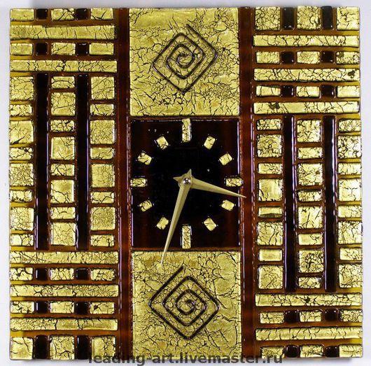 """Настенные часы """"Золото инков"""" - элегантность и роскошь в вашем доме. Часы выполнены в стиле Арт-Деко (Art Deco) по технологии фьюзинг."""