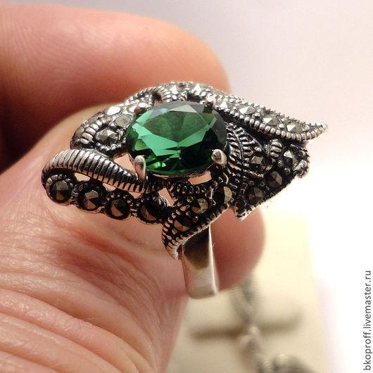 Кольца ручной работы. Ярмарка Мастеров - ручная работа. Купить Серебряное женское кольцо 925 пробы хризолит и марказит. Handmade.