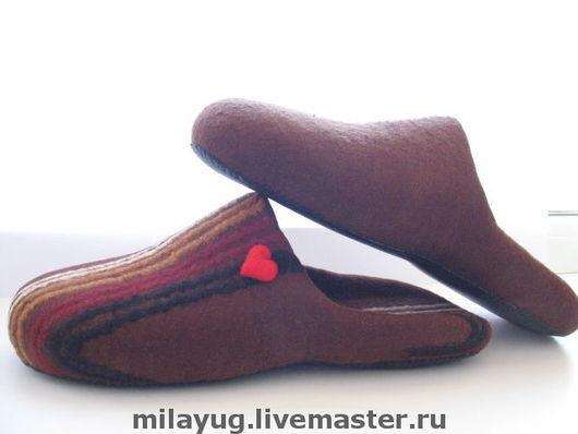 """Обувь ручной работы. Ярмарка Мастеров - ручная работа. Купить """"Warm Chocolate"""" мужские тапочки валяные. Handmade. Подарок мужчине"""