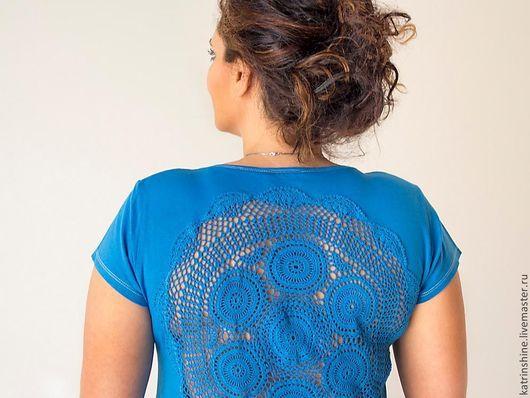 Футболки, майки ручной работы. Ярмарка Мастеров - ручная работа. Купить Синяя футболка с ажурной аппликацией на спине Большой Размер XL-ХXL. Handmade.