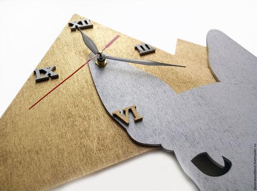 """Часы для дома ручной работы. Ярмарка Мастеров - ручная работа. Купить Часы настенные """"Сфинкс"""". Handmade. Серый, из фанеры, подарок"""