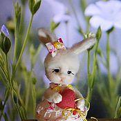 Куклы и игрушки ручной работы. Ярмарка Мастеров - ручная работа Зайка Валентинка. Handmade.