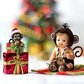 Куклы и игрушки ручной работы. Ярмарка Мастеров - ручная работа Малыш Чико с обезьянкой (3,7см). Handmade.