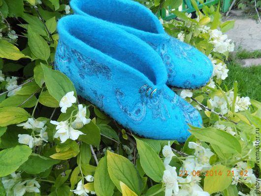 """Обувь ручной работы. Ярмарка Мастеров - ручная работа. Купить Тапочки """"Голубой орнамент"""". Handmade. Голубой, домашняя обувь"""