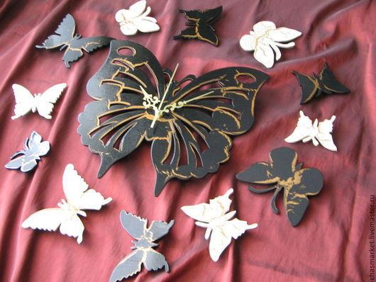 """Часы для дома ручной работы. Ярмарка Мастеров - ручная работа. Купить Настенные часы """"Большая бабочка+12 бабочек"""". Handmade. Черный"""