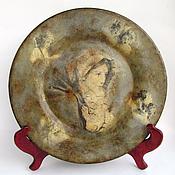 """Посуда ручной работы. Ярмарка Мастеров - ручная работа Декоративная тарелка """" Мадонна """"( 31 см). Handmade."""
