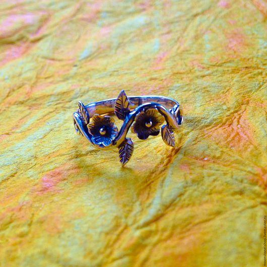 """Кольца ручной работы. Ярмарка Мастеров - ручная работа. Купить Серебряное кольцо """"Цветочное"""". Handmade. Серебряное кольцо, кольцо с цветком"""