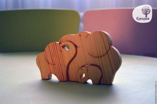 Развивающие игрушки ручной работы. Ярмарка Мастеров - ручная работа. Купить Слоники-пазл. Развивающая деревянная игрушка.. Handmade. дерево