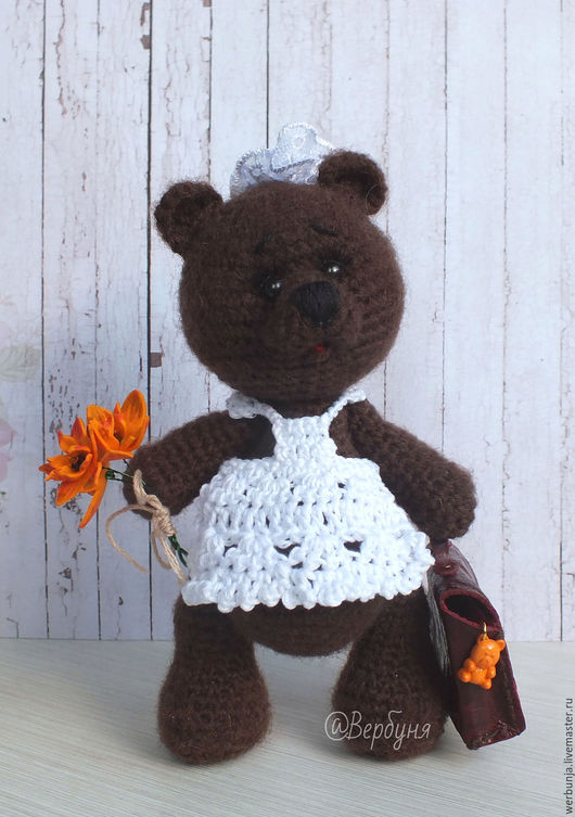 портфель для первоклассника, мишка тедди, глазки бусинки оранжевые цветы