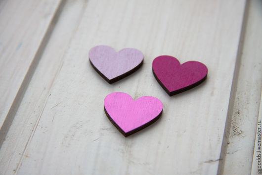 Броши ручной работы. Ярмарка Мастеров - ручная работа. Купить Деревянные значки сердечки. Handmade. Розовый, розовое сердце