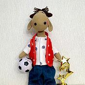 Куклы и игрушки ручной работы. Ярмарка Мастеров - ручная работа Бычок - футболист. Handmade.