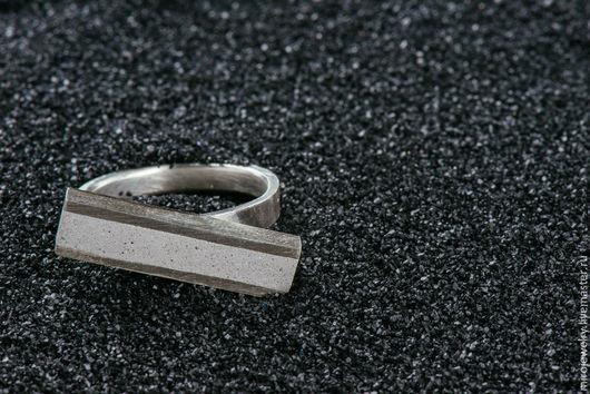 Кольца ручной работы. Ярмарка Мастеров - ручная работа. Купить Рельсовое кольцо с бетонной вставкой. Handmade. Серебряный, кольцо, бетон