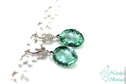 Яркие элегантные серьги с крупными камнями голубыми мятными зелеными аметистами на элитной родированой фурнитуре с фианитами. Прекрасный подарок женщине девушке коллеге купить