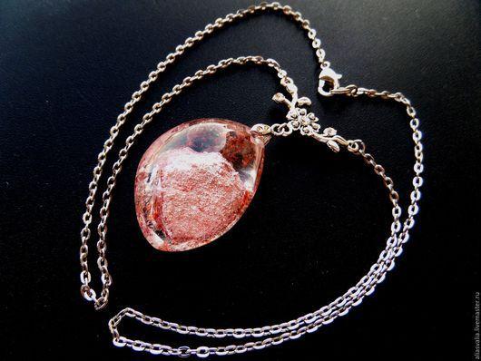 Кулоны, подвески ручной работы. Ярмарка Мастеров - ручная работа. Купить Кулон кварц (уникальный кристалл) на цепочке. Handmade. Розовый