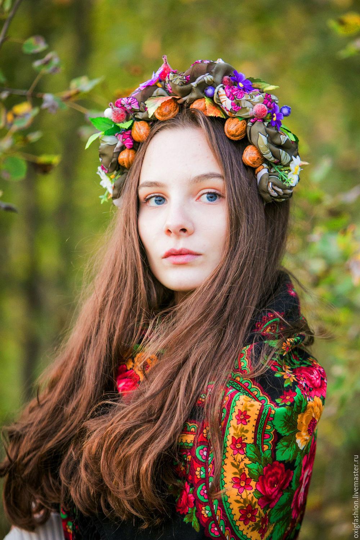 Фото венок из искусственных цветов на голову своими руками фото 611