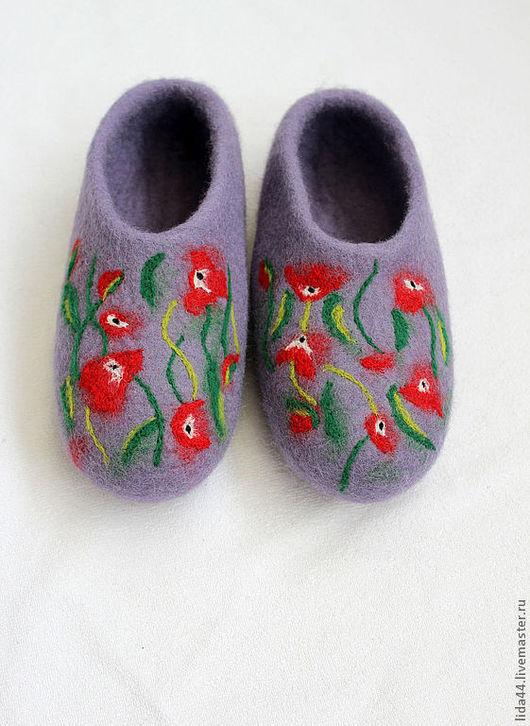 """Обувь ручной работы. Ярмарка Мастеров - ручная работа. Купить Домашние тапочки """"Сереневый туман"""".. Handmade. Сиреневый, войлочные тапочки"""