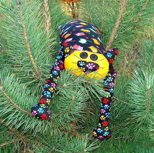 """Детская ручной работы. Ярмарка Мастеров - ручная работа. Купить Игрушка-подушка """"Радужный кот"""" яркие кошки на черном №3. Handmade."""