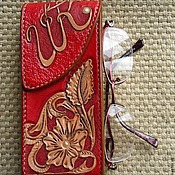 Сумки и аксессуары handmade. Livemaster - original item Eyeglass case, monogrammed leather eyeglass case, gift for a woman. Handmade.