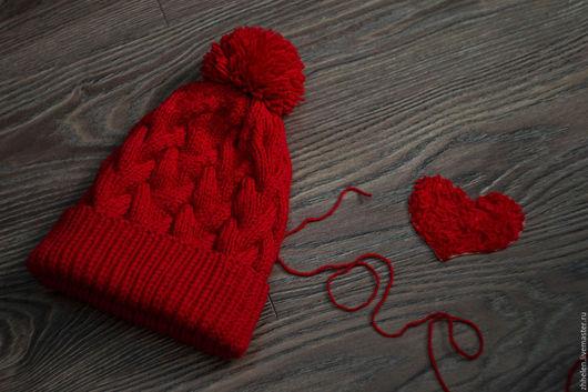 Шапки ручной работы. Ярмарка Мастеров - ручная работа. Купить Вязанная шапка из мериноса. Handmade. Ярко-красный, шапка вязаная
