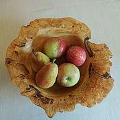 Ваза для фруктов из соснового капа Римлянка