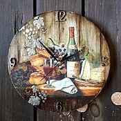 """Для дома и интерьера ручной работы. Ярмарка Мастеров - ручная работа Часы  """"Мужские вина. Gevrey-Chambertin"""". Handmade."""