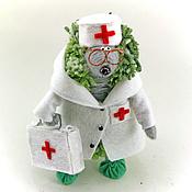 Куклы и игрушки ручной работы. Ярмарка Мастеров - ручная работа игрушка Доктор Ежик (еж, ежонок,медик, подарок). Handmade.