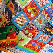 Для дома и интерьера ручной работы. Ярмарка Мастеров - ручная работа Лоскутное одеяло плед Машинки. Handmade.