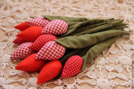 Куклы Тильды ручной работы. Ярмарка Мастеров - ручная работа. Купить Тюльпаны текстильные красные. Handmade. Красный, текстильные цветы