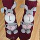 """Обувь ручной работы. Ярмарка Мастеров - ручная работа. Купить Вязаные носкотапки """"Ушастые пушистики"""". Handmade. Бордовый, вязаный заяц"""