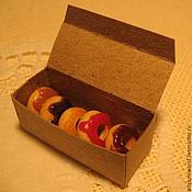 Куклы и игрушки ручной работы. Ярмарка Мастеров - ручная работа Пончики в коробке 1:12. Handmade.