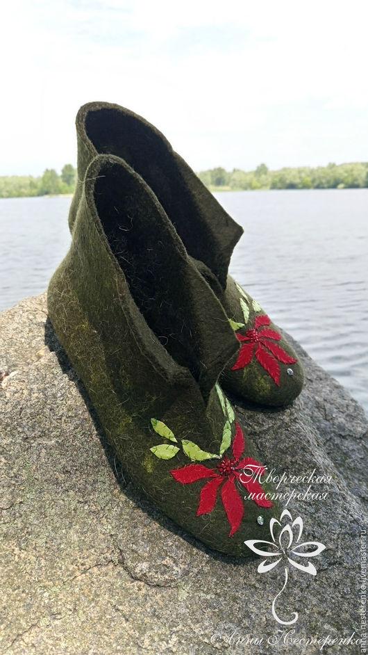 """Обувь ручной работы. Ярмарка Мастеров - ручная работа. Купить Домашние валенки """"Мальвы"""". Handmade. Тёмно-зелёный, домашние валенки"""