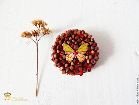 """Броши ручной работы. Ярмарка Мастеров - ручная работа. Купить """" Бабочка """" брошь. Handmade. Ярко-красный, брошь"""