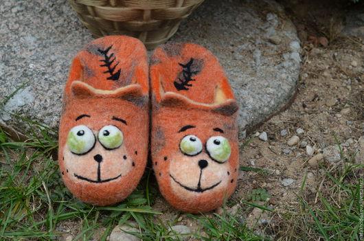 Обувь ручной работы. Ярмарка Мастеров - ручная работа. Купить Тапочки валяные  Мурзик. Handmade. Рыжий, Тапочки ручной работы