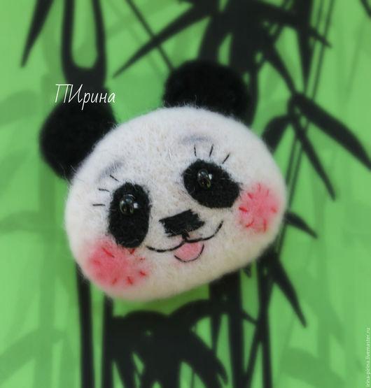 """Броши ручной работы. Ярмарка Мастеров - ручная работа. Купить Валяная брошь """"Панда"""". Handmade. Чёрно-белый, мишка панда"""