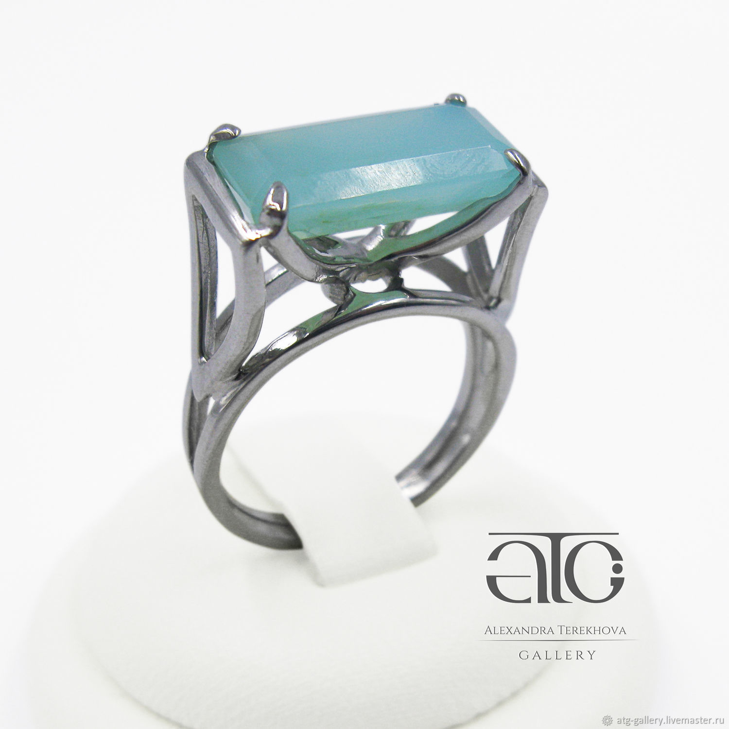 THE ONLY INSTANCE! Ring with Peruvian opal Paraiba 3.70 Carat! A beautiful decoration for every day!