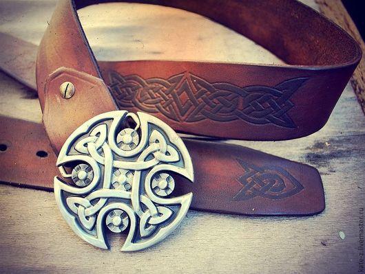 Пояса, ремни ручной работы. Ярмарка Мастеров - ручная работа. Купить Ремень с кельтским узором из натуральной кожи мужской женский кожаный. Handmade.