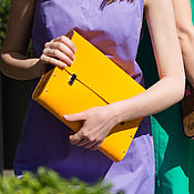 Сумки и аксессуары handmade. Livemaster - original item Women`s yellow bag is made of leather and wood, Someone in the crowd wood. Handmade.