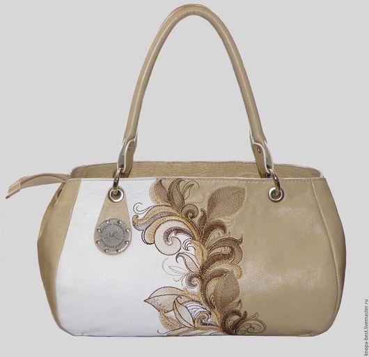 Женские сумки ручной работы. Ярмарка Мастеров - ручная работа. Купить Сумочка- саквояж из натуральной кожи. Handmade. Бежевый