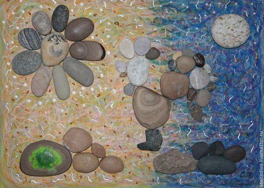 "Картина  ""Равновесие""\r\nРазмер (ВхД), см - 30х40; размер рамки со стеклом - 32х42, глубина 3 см\r\nОснова - оргалит+холст+масляная пастель, контур\r\nМорские камушки\r\nДля примера"