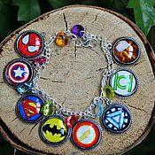 """Браслет из бусин ручной работы. Ярмарка Мастеров - ручная работа Браслет """"Супергерои"""" мстители Marvel DC комиксы avengers. Handmade."""