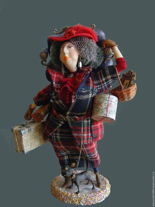 Коллекционные куклы ручной работы. Ярмарка Мастеров - ручная работа. Купить Дама сдавала багаж.... Handmade. Авторская кукла, картонка