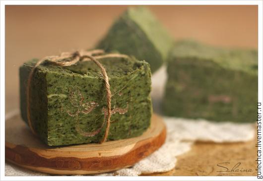 Мыло ручной работы. Ярмарка Мастеров - ручная работа. Купить Кастильское мыло (90% масла оливы) с травами и спирулиной. Handmade.