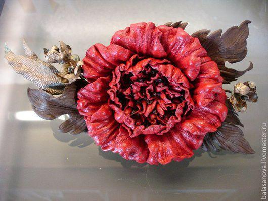 Броши ручной работы. Ярмарка Мастеров - ручная работа. Купить Роза. Брошь-заколка роза из натуральной кожи. Handmade.