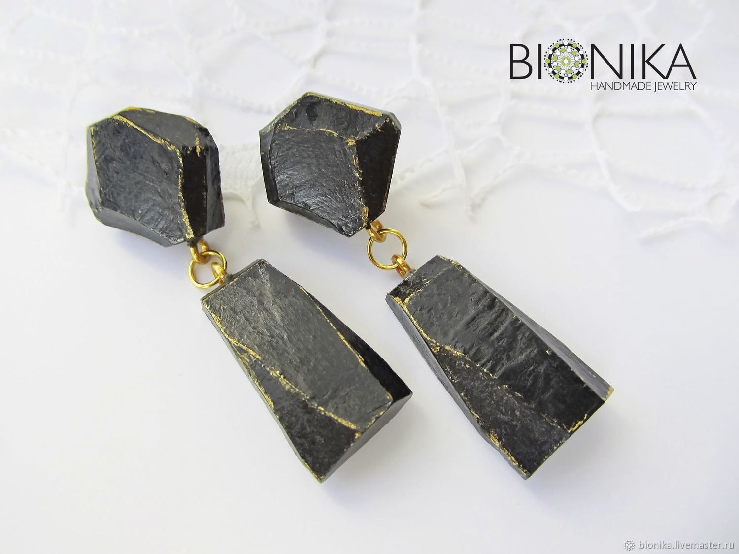Faceted black minimalist earrings made of polymer clay, Posey, Stud earrings, Voronezh,  Фото №1