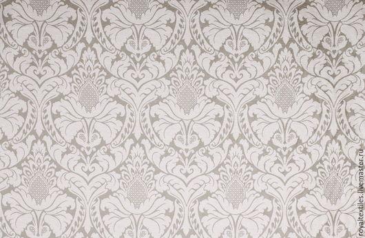 Эксклюзивные и премиальные английские ткани, знаменитые шотландские кружевные тюли, пошив портьер, а также готовые шторы и декоративные подушки.